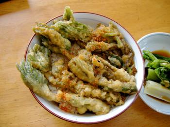 朝から山菜天丼0.JPG