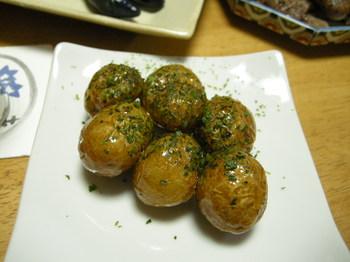 小芋の揚げ甘辛煮1.JPG